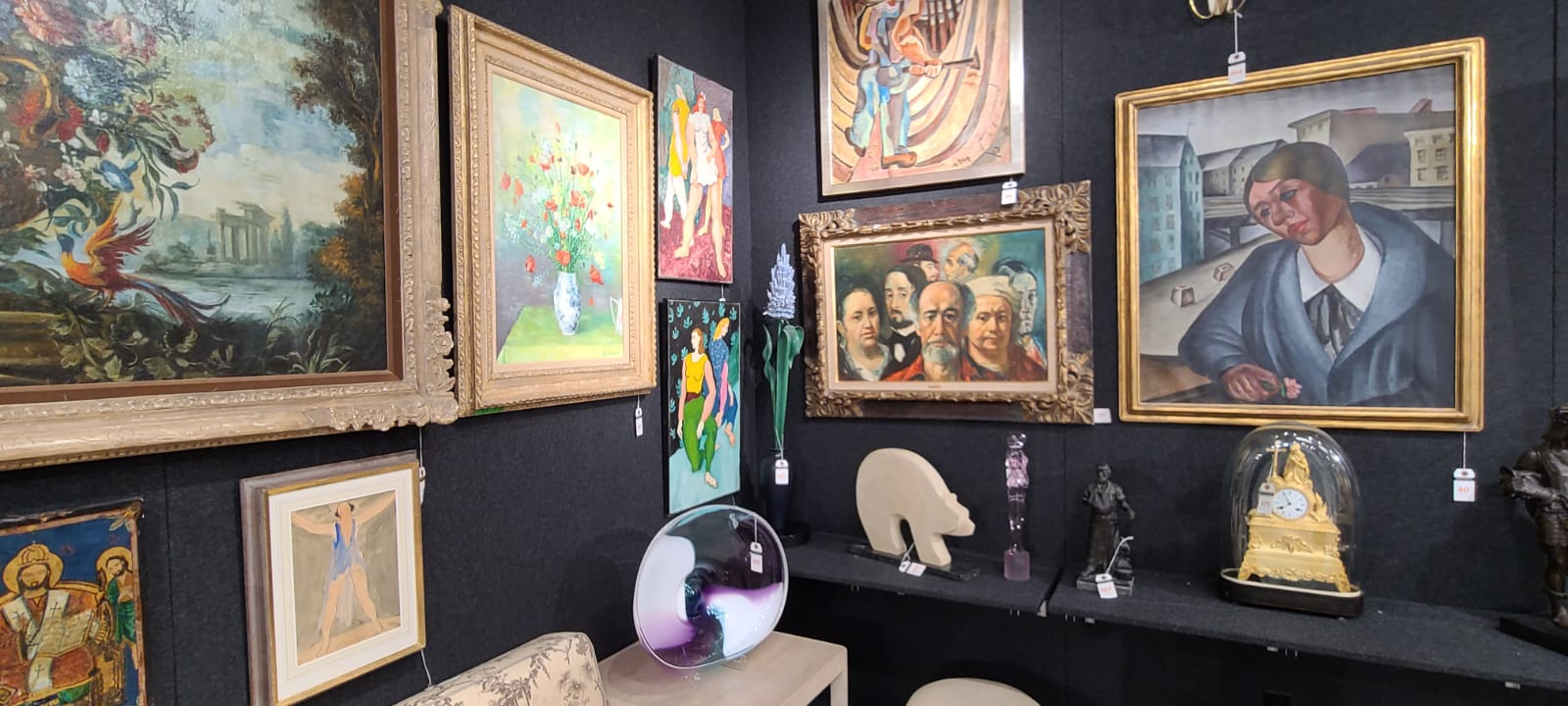 Showplace Luxury Art Design Vintage: A Paradise for Art Collectors