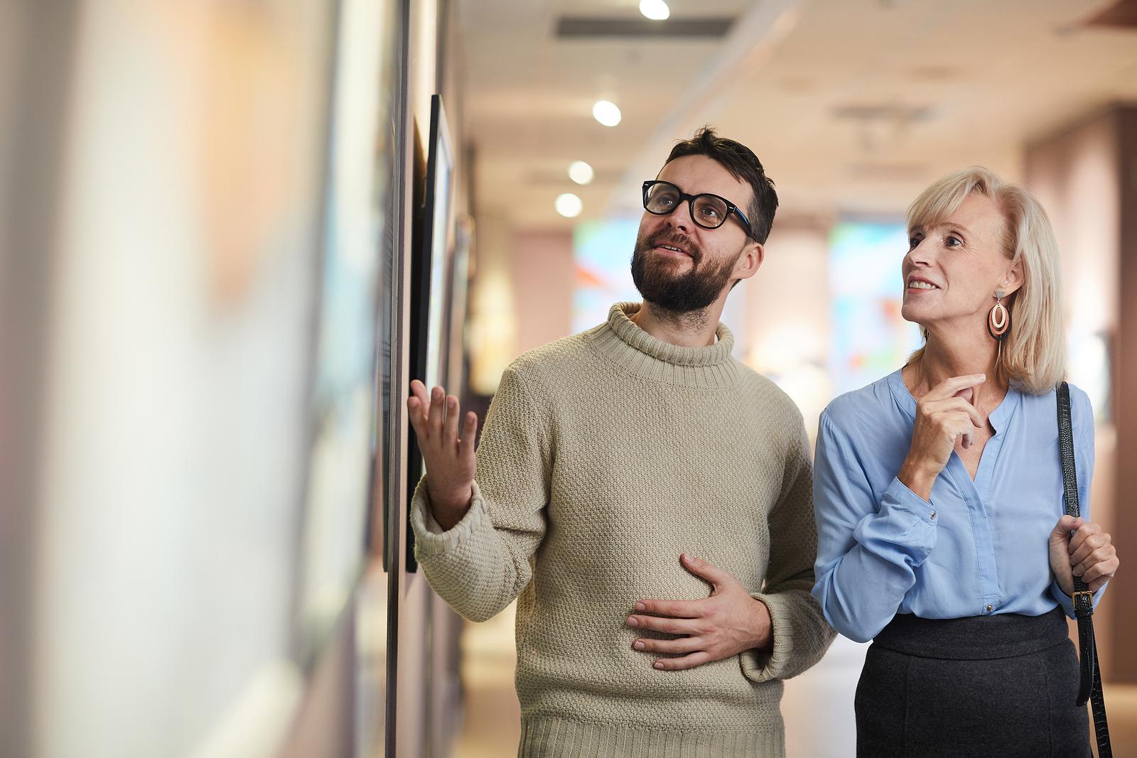 Main Benefits of Working with Top Art Advisors